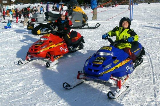 Schneetöff fahren für Kinder - Einmaliges Schneetöff Erlebnis  [article_picture_small]