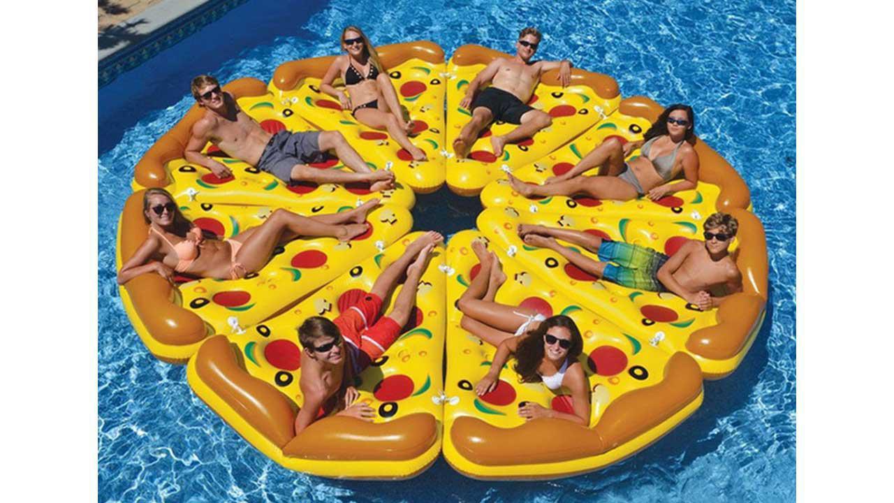 matelas gonflable pizza. Black Bedroom Furniture Sets. Home Design Ideas