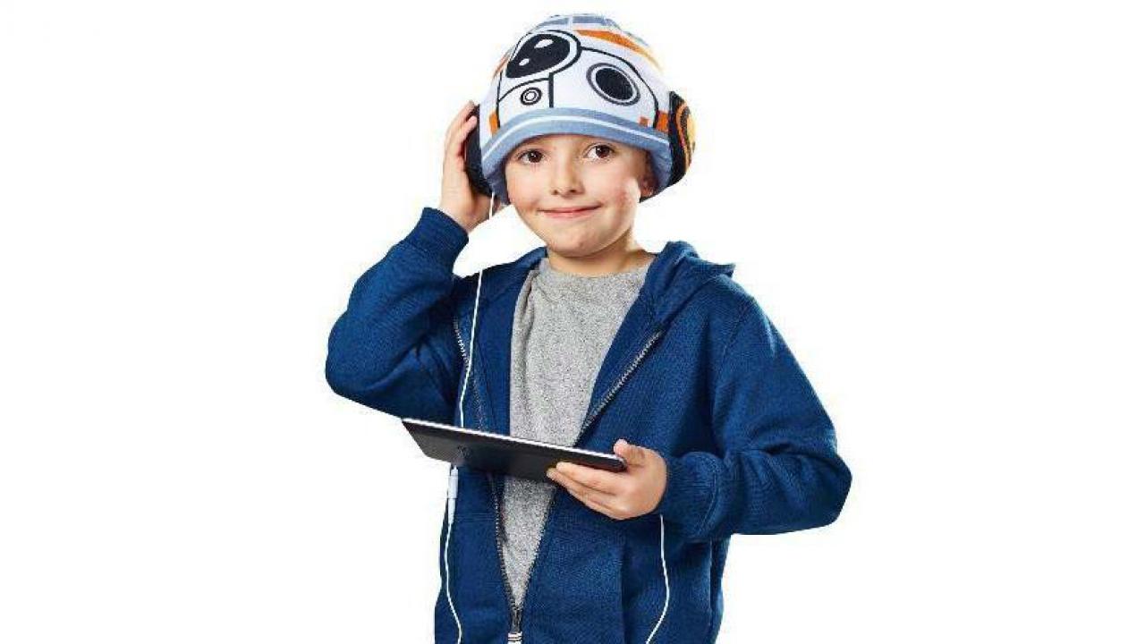... Bonnet casque audio BB8 - star wars ... a7010621cfe