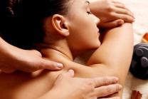 Ganzkörpermassage - 90 Minuten pure Entspannung für Frauen