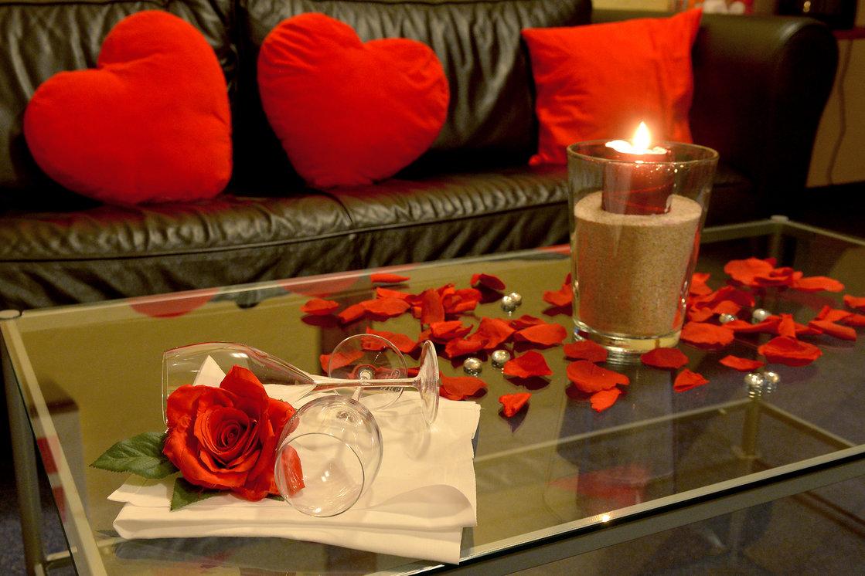 Loveroom romantique pour 2 for Diner romantique a la maison