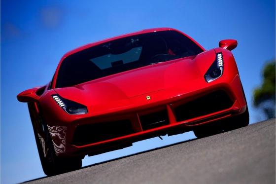 Pilotez une Ferrari 488 GTB  - 3 tours sur le circuit du Laquais   [article_picture_small]