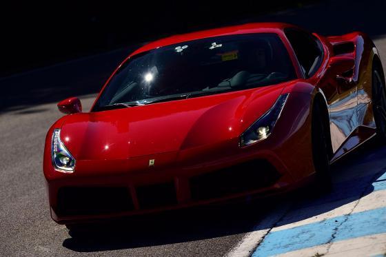 Pilotez une Ferrari 488 GTB  - 3 tours sur le circuit du Laquais  1 [article_picture_small]