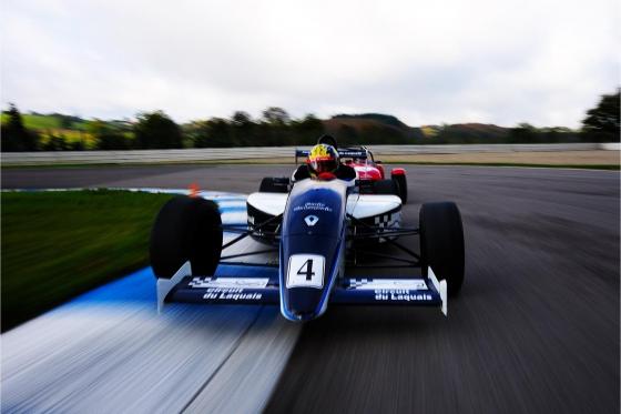 Stage de pilotage sur circuit - Formule Renault monoplace - 27 tours (1/2 journée) 1 [article_picture_small]