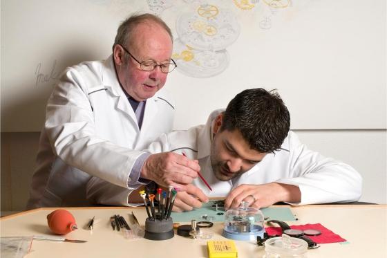Cours d'initiation à l'horlogerie - Avec assemblage d'un mouvement mécanique suisse  8 [article_picture_small]
