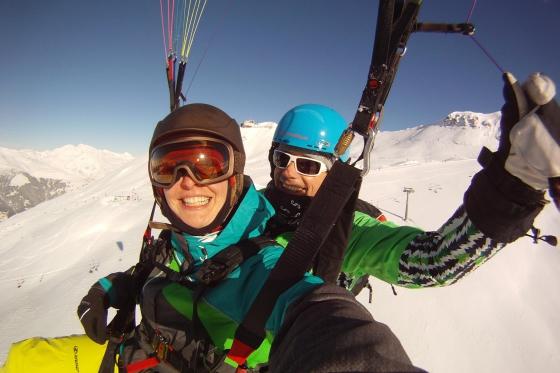Gleitschirmflug, Skipass & Hotel - Bergabenteuer in Davos für 2  [article_picture_small]