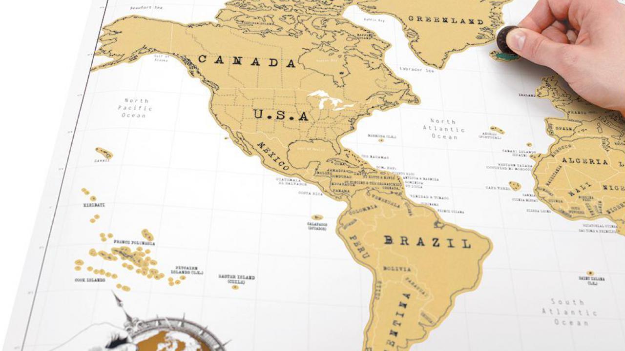 on feet at pretty nice 100% genuine Mappemonde à gratter, pour les globe-trotteurs | Cadeaux24