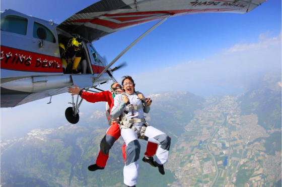 Saut en parachute - VD / FR / VS 2 [article_picture_small]