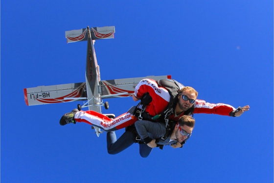 Skydiving - VD / FR / VS 4 [article_picture_small]