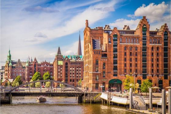 Hamburg Erlebnisreise - inkl. Hafenfahrt, Casino- und Dinnergutschein 2 [article_picture_small]