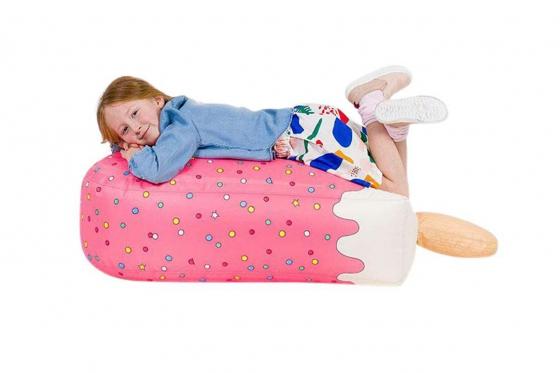 pouf en forme de glace rose pour enfants cadeaux24. Black Bedroom Furniture Sets. Home Design Ideas