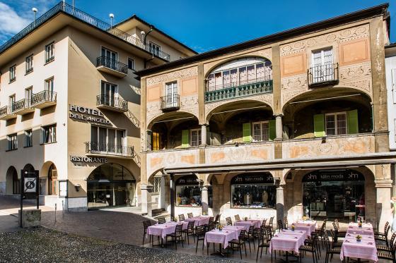 Benvenuto a Locarno - inkl. Übernachtung und Wein aus dem Tessin  [article_picture_small]