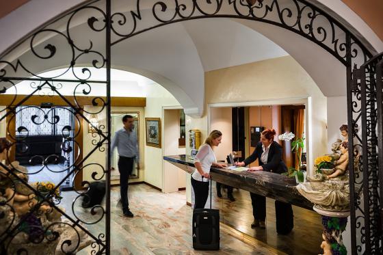 Benvenuto a Locarno - inkl. Übernachtung und Wein aus dem Tessin 4 [article_picture_small]