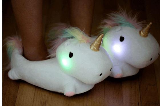 Einhorn Plüsch - Hausschuhe leuchtend 1