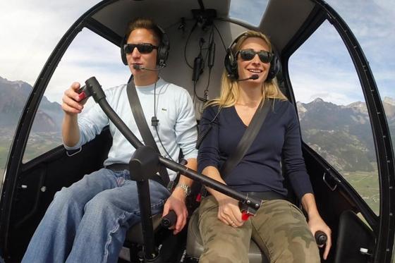 Aux commandes d'un hélicoptère  - 20min de pilotage depuis Bex + 15min de briefing  [article_picture_small]