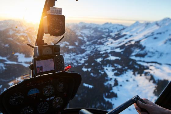 Aux commandes d'un hélicoptère  - 20min de pilotage depuis Bex + 15min de briefing 2 [article_picture_small]
