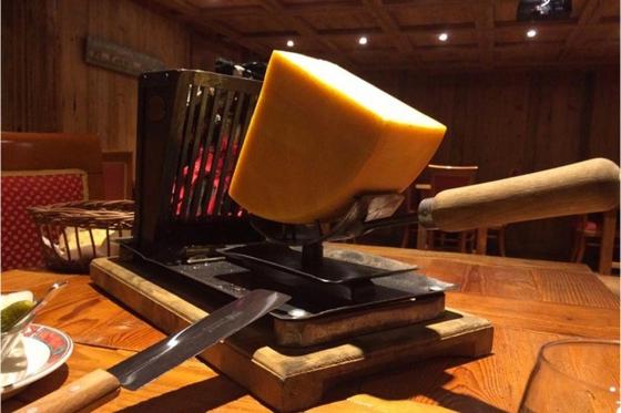 Raclette à Fredy pour 2 - à Leysin, avec assiette de viande séchée  [article_picture_small]