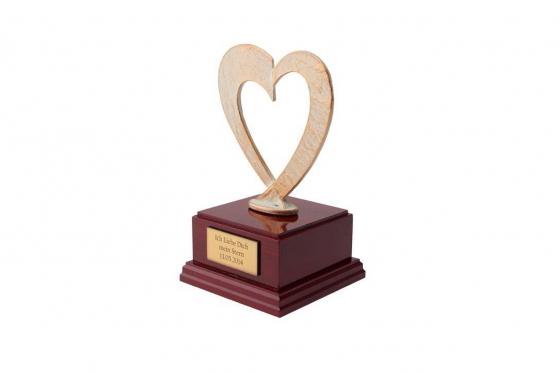 Herz Statue - personalisierbar 1