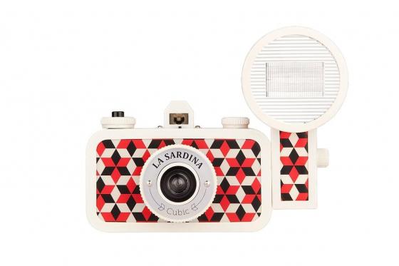 Lomo La Sardina & Flash - Film Kamera, Cubic