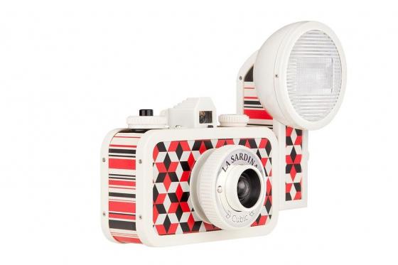 Lomo La Sardina & Flash - Film Kamera, Cubic 1