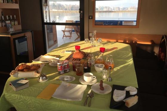 Nuitée sur un catamaran - 1 nuit pour 2 personnes en chambre double, avec petit-déjeuner 8 [article_picture_small]