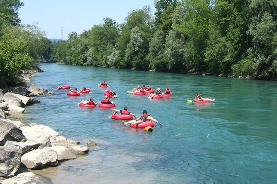 Descente de rivière en bouée - 90 minutes sur l'Aar  [article_picture_small]