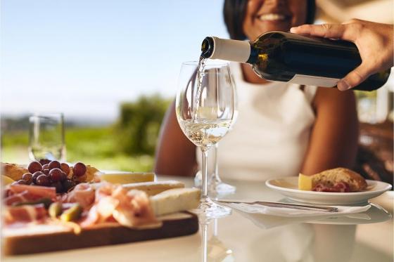 Dégustation de vin pour deux - Cave de l'Orlaya (VS) avec visite, apéro et bouteille offerte  [article_picture_small]