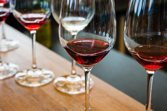Dégustation de vin pour deux - Cave des sans Terre (VS) avec apéritif et 2 bouteilles offertes 6 [article_picture_small]