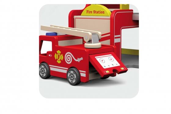Feuerwehrstation   - aus Holz 2