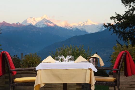 Séjour gourmand à Crans-Montana - Inclus: 1 nuit en chambre double, accès au spa et menu à 4 plats 1 [article_picture_small]