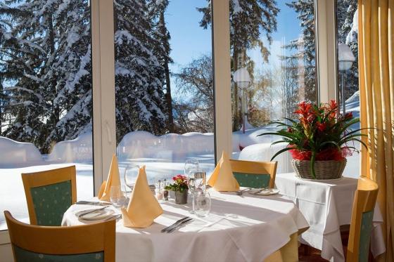 Séjour gourmand à Crans-Montana - Inclus: 1 nuit en chambre double, accès au spa et menu à 4 plats 5 [article_picture_small]