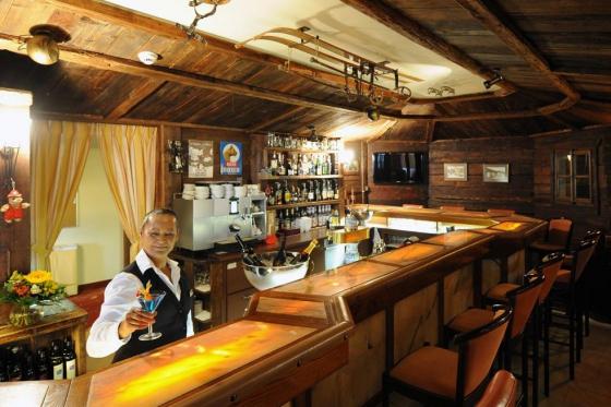 Séjour gourmand à Crans-Montana - Inclus: 1 nuit en chambre double, accès au spa et menu à 4 plats 11 [article_picture_small]