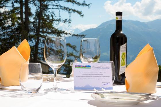 Séjour gourmand à Crans-Montana - Inclus: 1 nuit en chambre double, accès au spa et menu à 4 plats 12 [article_picture_small]