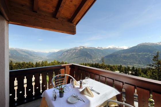 Séjour gourmand à Crans-Montana - Inclus: 1 nuit en chambre double, accès au spa et menu à 4 plats 14 [article_picture_small]