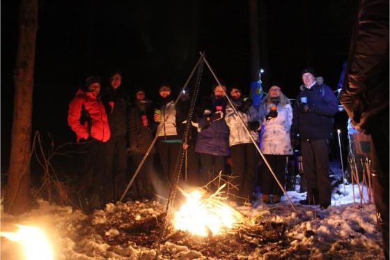 Iglu Abenteuer für 4 Personen - inkl. Fondue, Schlitteln & Schneeschuhlaufen 4 [article_picture_small]