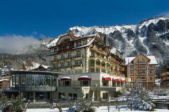 Snow-Wellness am Jungfraujoch - 1 Übernachtung für 2 Personen inkl. Schneeschuhwanderung 1 [article_picture_small]