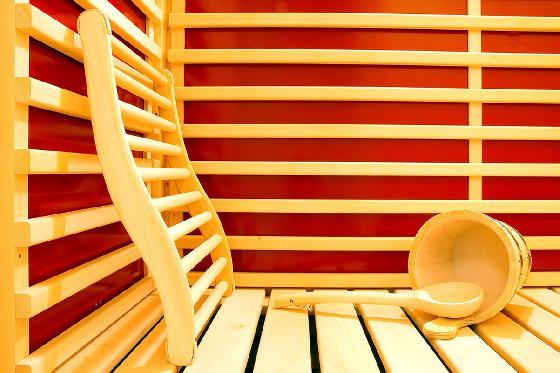 Une nuit ailleurs - 1 nuit, piscine intérieure chauffée, sauna et petit-déjeuner 3 [article_picture_small]