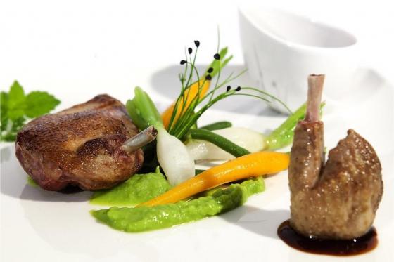 Carte gastronomique - ebook-card valable 12 mois pour 1 à 6 personnes 1 [article_picture_small]