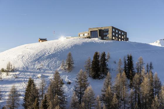 Séjour à 2'112m d'altitude - à Crans-Montana / 2 nuits pour 2 pers / en semaine 8 [article_picture_small]