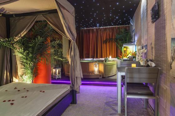 Spa privatif romantique - Pour 2 personnes - le soir 2 [article_picture_small]