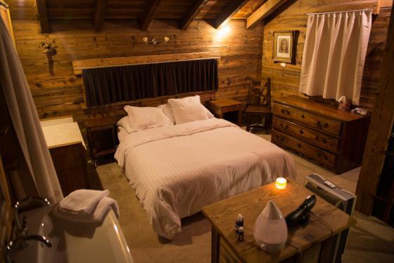 Übernachtung im Chalet -  Für 2 Personen mit 1h privater Whirlpool / Nebensaison 6 [article_picture_small]