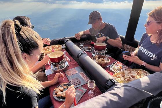 Vol en montgolfière & fondue - Pour 2 personnes, avec fondue au fromage à choix 1 [article_picture_small]