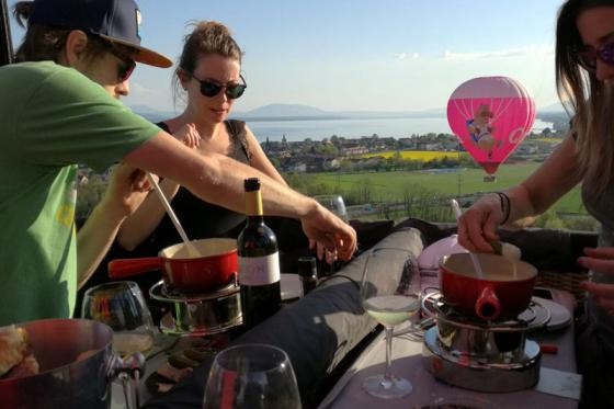 Vol en montgolfière & fondue - Pour 2 personnes, avec fondue au fromage à choix 2 [article_picture_small]