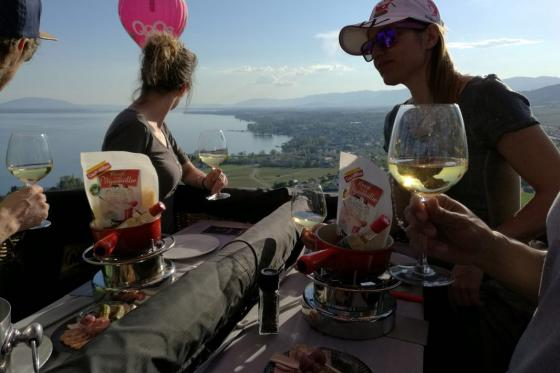 Vol en montgolfière & fondue - Pour 2 personnes, avec fondue au fromage à choix 3 [article_picture_small]