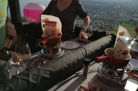 Vol en montgolfière & fondue - Pour 2 personnes, avec fondue au fromage à choix 4 [article_picture_small]
