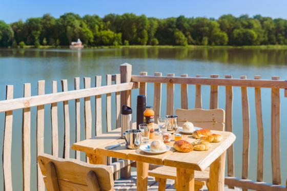 Cabane romantique sur le lac - une nuit avec spa, petit déjeuner et repas du soir 5 [article_picture_small]