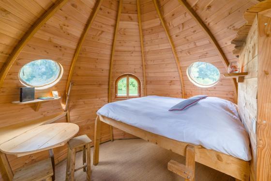 Nuit romantique dans une cabane - Séjour en amoureux d'une nuit avec petit déjeuner et repas du soir 5 [article_picture_small]