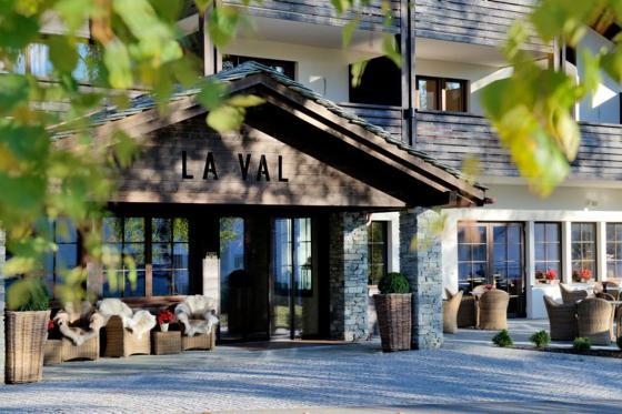Luxus-Wellness in Brigels - inkl. Übernachtung im Classic Zimmer und 4-Gang Abendessen  [article_picture_small]