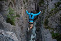 Canyon Swing Gletscherschlucht - Ein Sprung in 90 Meter Tiefe
