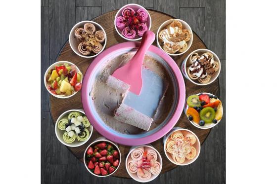 Roll-Eis Maker - mit Spachteln und Formen